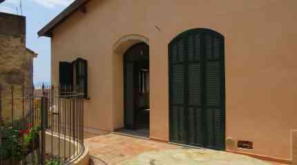 Codice:382 - Bordighera Alta, casa indipendente ristrutturata, ex antico frantoio