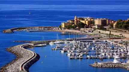San Lorenzo al Mare e il porto