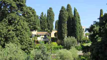 Piccola palazzina in zona verde e panoramica