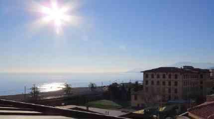 Splendido panorama su mare e Principato di Monaco