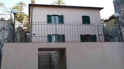 Codice:382 - Bordighera , centro storico, casa indipendente ristrutturata