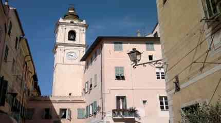 Codice:686 - Bordighera, centro storico, trilocale da ristrutturare