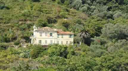 Codice:526 - Bordighera, villa storica con grande parco